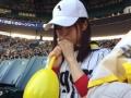 【画像】山本彩姉、ジェット風船を膨らます