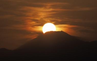 『ダイヤモンド富士(月出松公園②) 2020/03/01』の画像
