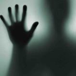 『【心霊スレ】隣の家から脅迫状か届いた話』の画像