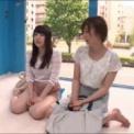 マジックミラー号(MM号)で二人の美女がスポコスしてマッサージ!M字開脚で電マ、バイブに挿入される素人「あぁぁぁあ」と激イキ!