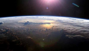 もし地球が一つの生命体だとすると地球の最終目的はなんなんだろう?