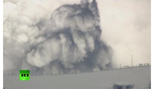 9月14日に阿蘇山が噴火【海外の反応】「Aso(麻生)Taroが噴火したの?」