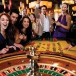 『保険は99.9%損をする国公認ギャンブル。』の画像