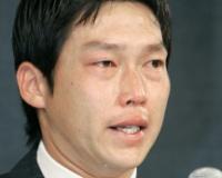 新井さん、涙のFA会見の真相「金本さんともう一度やりたいだけだった……」