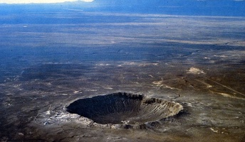 地球の地形を変えてしまった10の隕石!世界に現存する衝撃メテオクレーター