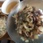 黒毛和牛の焼肉丼セットです(*´◒`*) https://t...