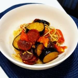 ナスとサラミのトマトスパゲッティ