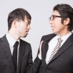 【悲報】新入社員さん、親を侮辱したマナー講師をボコボコにしてしまう…