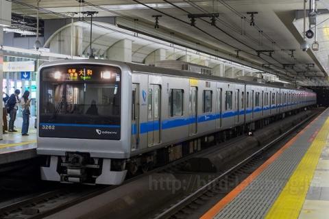 各駅停車大和行き最終電車 (町田2番 逆入線)