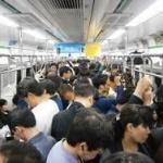 満員の通勤電車の中で急におなかがゴロゴロしてきて…