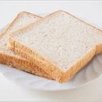 【悲報】食パンの賞味期限、短すぎ問題