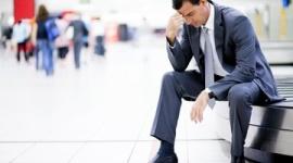 【労働】コロナ禍で勤務時間減、退職するも次の仕事が見つからず目に涙…「仕事に就ける兆しが見えない」