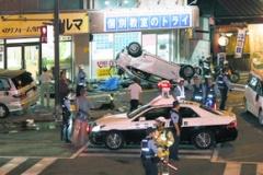 【福岡でも暴走車発生】「対向車が猛スピードで…」複数台の車からむ事故