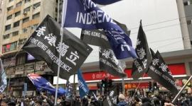【中国】香港の反政府デモ、「頑張れ」から「建国せよ」にスローガン変化