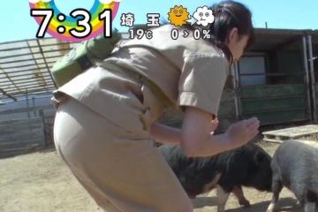 尾崎里紗のパンチラは難しいがこういうパン線のほうが生々しくてエロいな