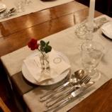 『昨夜のテーブル』の画像