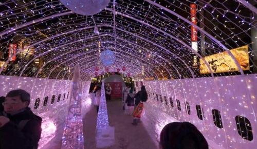 すすきの→札幌駅をノーカットで歩いた映像に海外感動、アイスワールドの氷像などにも高評価