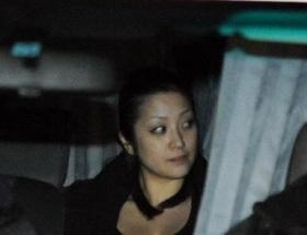 【悲報】小向美奈子被告、保釈金200万円で保釈wwwwwwww