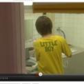 フジテレビドラマ「イケパラ」で前田敦子が広島原爆の日の翌日にLITTLE BOYと書かれたTシャツを着用