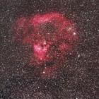 『シグマ150mmF2.8によるクエスチョンマーク星雲(sh2-171)』の画像