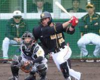阪神江越が連続二塁打で存在感 清水ヘッドも納得顔