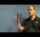 【動画】元宇宙飛行士がインタビュー最中に重力の存在を忘れてしまう動画が笑える