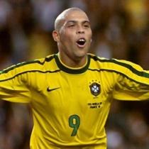 「本物はロナウドはブラジル人の方!クリロナに天賦の才はない!」by イブラヒモビッチ