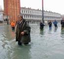 「水の都」ベネチアで記録的高潮 187センチ上昇、1人死亡 感電死か 市内の85%以上が浸水