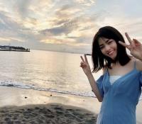 【乃木坂46】西野七瀬が夕景をバックにダブルピース!!海辺のにゃーいいね!!