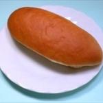 パン給食が消える?業者は悲鳴、破産も…「せめて週2回出して」