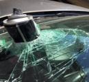 ヘアスプレーを車内に放置し大爆発 フロントガラスを突き破る(※画像あり)
