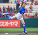 鈴木奈々始球式で試合開始遅れ…スポンサーが謝罪「準備・説明不足を深く反省」