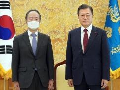 ムン大統領「本当に韓国を助けてください」冨田駐韓日本大使に泣きつくwwwwwwww