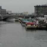 『さらば万国橋ビル 〜デジカメ参列』の画像