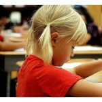 どの親の元に生まれるかで生活や教育の水準が大きく変わるって冷静に考えてやばない?