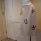 『KEITA MARUYAMA(ケイタマルヤマ)フラワー刺繍スカート』の画像