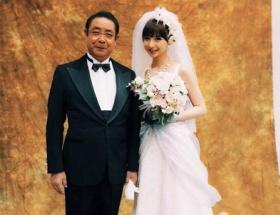 【悲報】篠田麻里子さんが結婚wwwwwwwwwwww