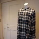 『B DONNA (ビドンナ)ロングネルシャツ』の画像