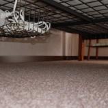 『100均グッズで解決! 床置きをなくして、ごちゃごちゃするケーブルがすっきり!』の画像