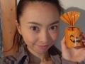 「奴隷カード」に「どれエモン」。女優・野村佑香が公開したシュールな手作りカードに反響