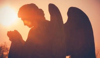 天使の声が聞こえるんだけど質問ある?(統合失調症の人の『頭の中に聞こえる声』とは)