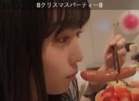 【動画】ソーセージを食べる坂口渚沙ちゃんをご覧ください