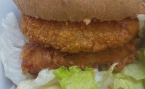 分厚い‼ KFCの数量限定サンド