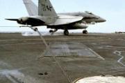 艦載機制動ワイヤ調達失敗 中国の空母開発に壁