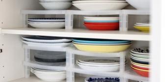 食器を片付けてくれるのはいいんだけど皿の大きさ気にせずバラバラにしまう彼。何度言っても直らない