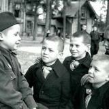 【画像】第二次世界大戦中の子供たちの生活、どんな様子だったか画像を貼っていく