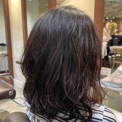 表参道 神宮前 東京 都内で美髪パーマが得意な美容室MINX原宿☆須永健次☆ミディアムレングスのボブにナチュラルウェーブをかけてみまました。