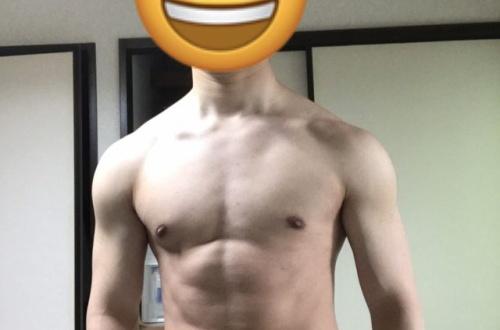 俺の筋肉を評価してくれwwwwwwwwのサムネイル画像