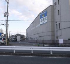仁和寺町の「寝屋川玉泉院」が左隣に拡張されるみたい。2019年8月までタイムズだったところ