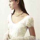 『ドレスとヘアカラー』の画像